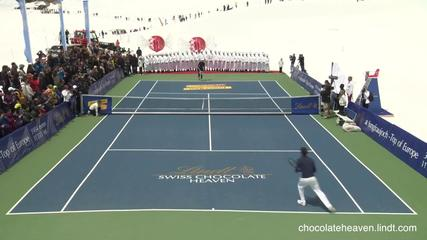 News video: Roger Federer And Lindsey Vonn Play Tennis On Glacier